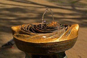 fountain-260307_640